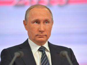 Путин подписал законопроект о повышении налога с доходов богатых россиян