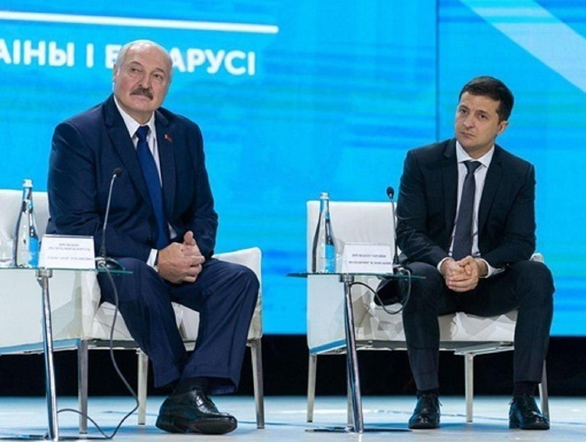 «Чья б корова мычала, а Зеленского - молчала»: Лукашенко осадил президента Украины