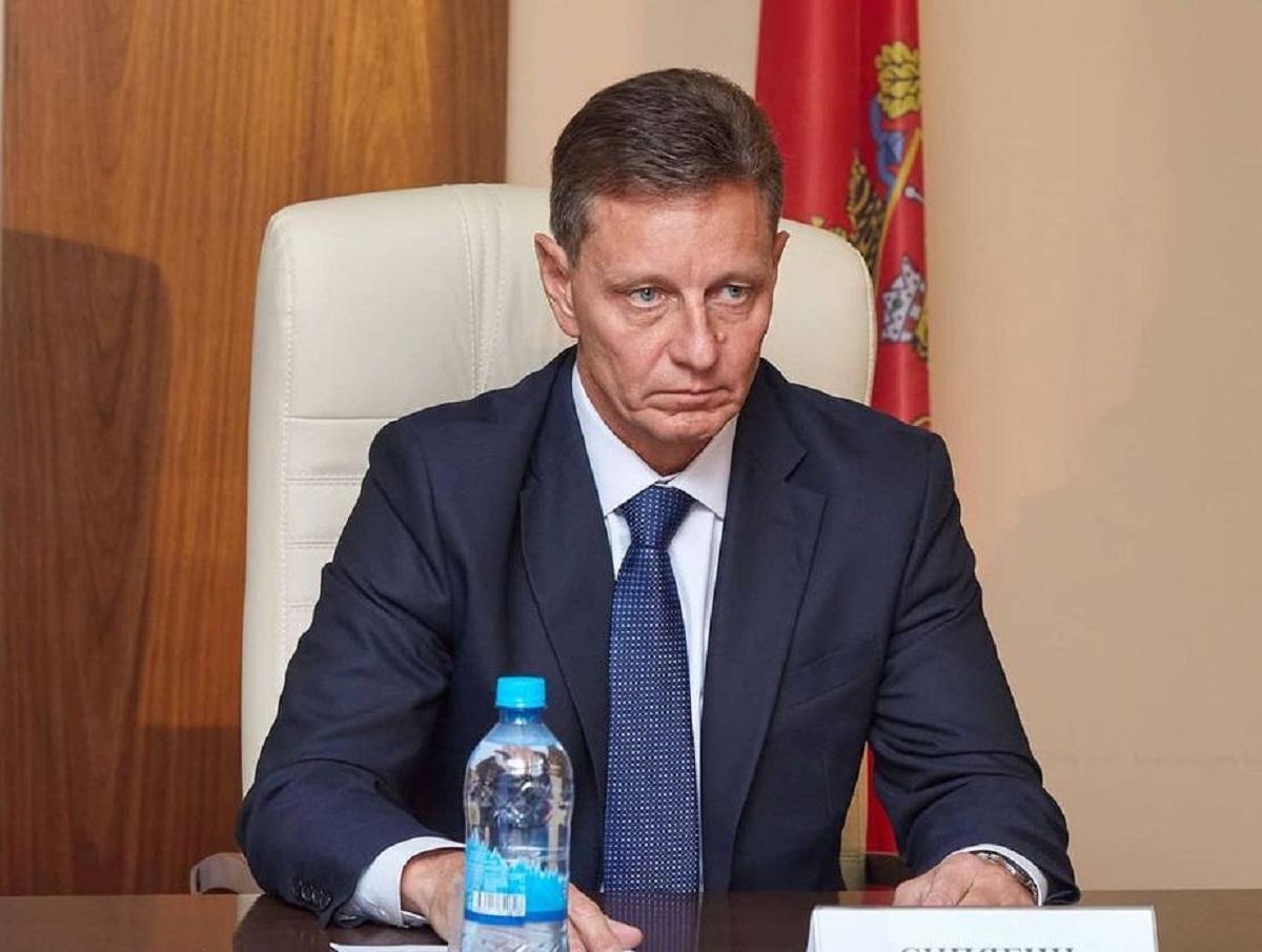 Владимирский губернатор улетел из региона в Москву лечить COVID-19