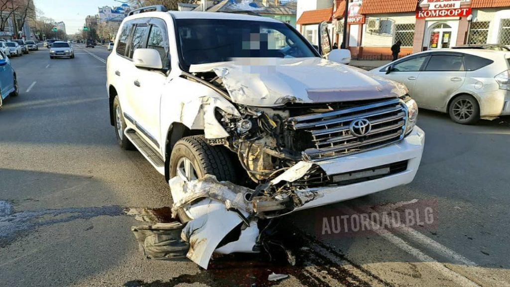 Сын министра транспорта Амурской области протаранил машину инкассаторов
