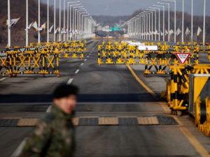 Северокорейский гимнаст сбежал из КНДР, перепрыгнув через трехметровый забор