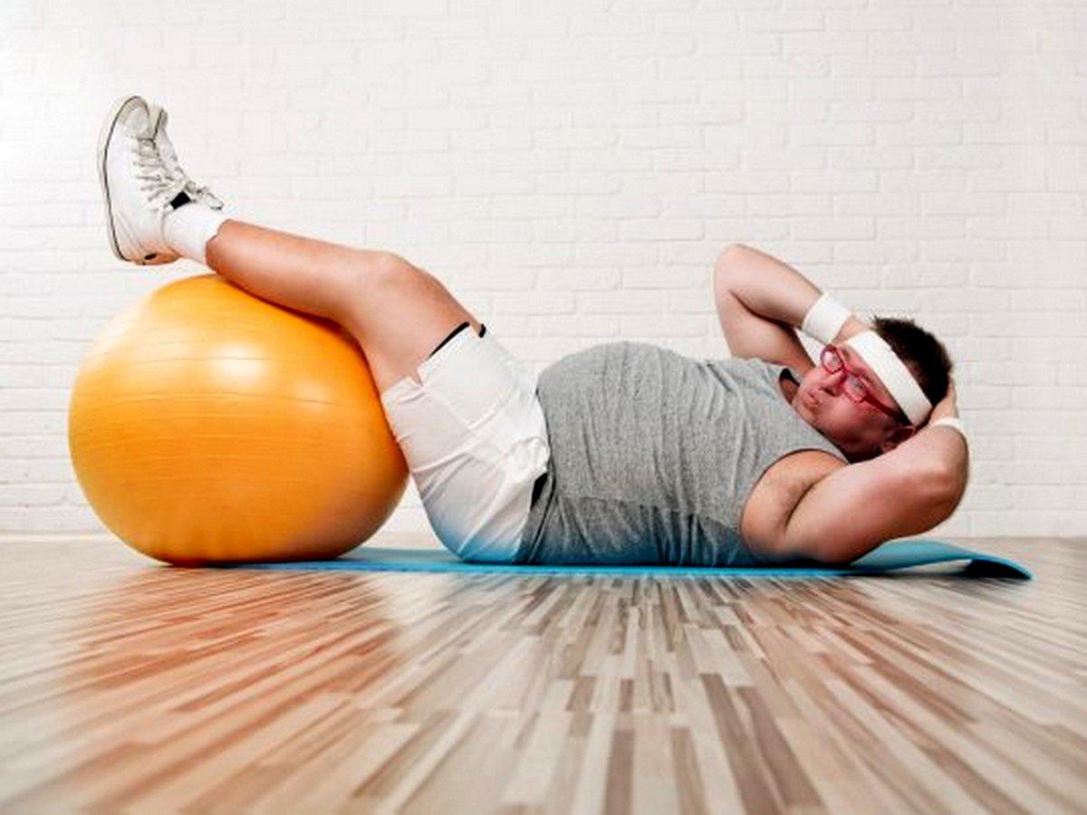 Толстяк в спортзале