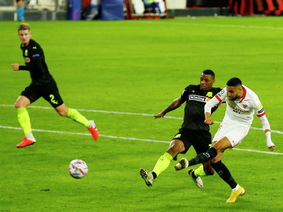 «Краснодар» в гостях провел матч с «Севильей» в рамках 3-го тура группового этапа Лиги чемпионов.