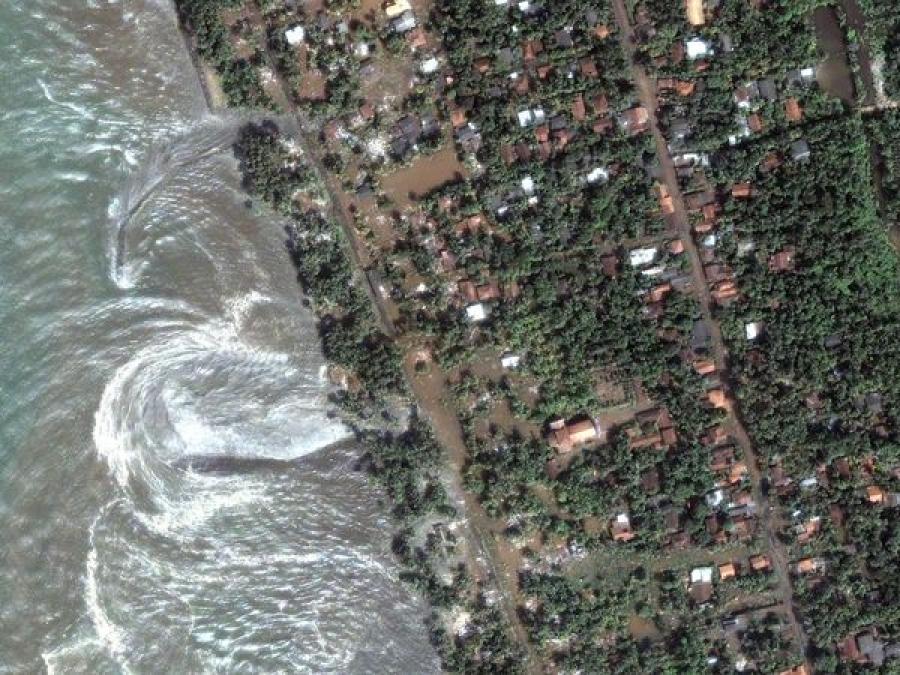 Самое смертоносное цунами ХХI века: хроника трагедии