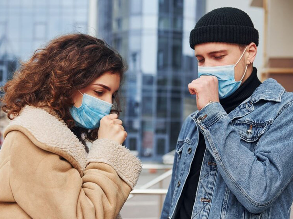 О риске COVID-19 при разговоре и кашле