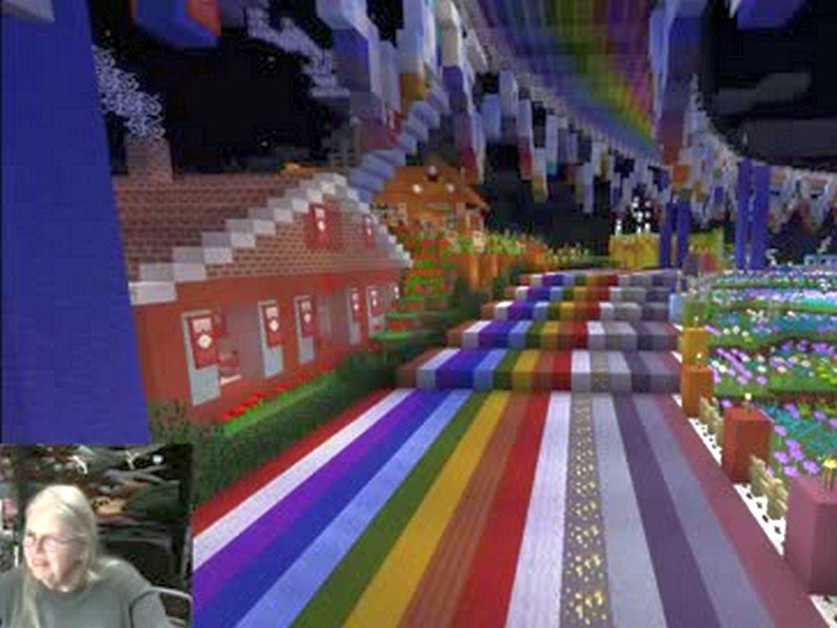 Лоскутные одеяла «бабушки-геймера» Minecraft собирают тысячи просмотров
