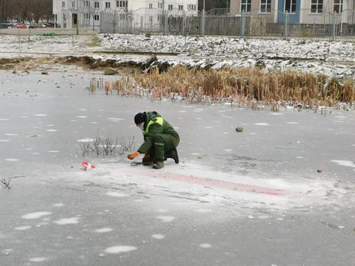 Белорус получил двухлетний срок за надпись на тротуаре