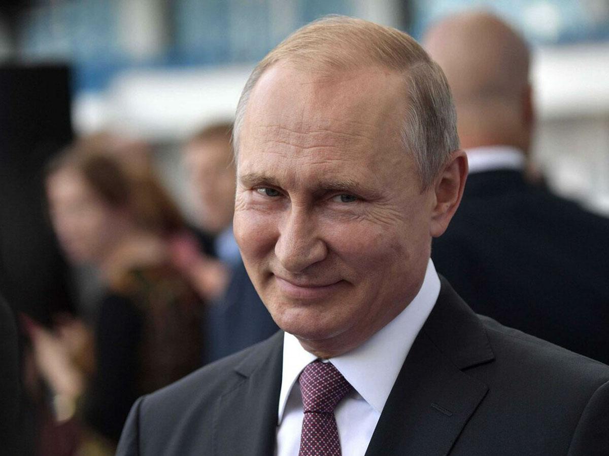 Фразу Путина «я вам обещаю» на языке жестов