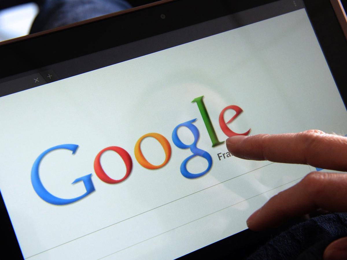 Google показал видео с самым важным в России за год