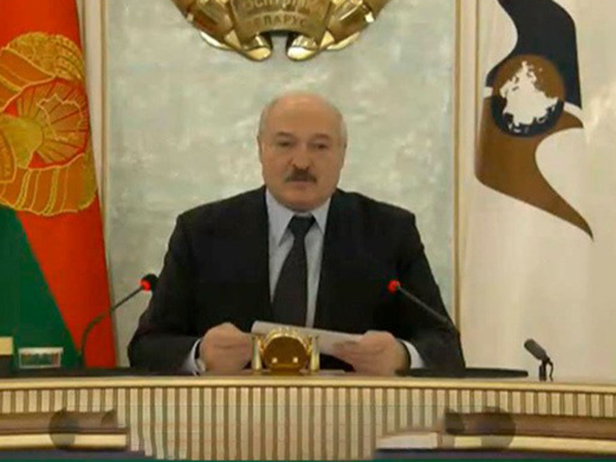 Лукашенко пожелал Путину терпения
