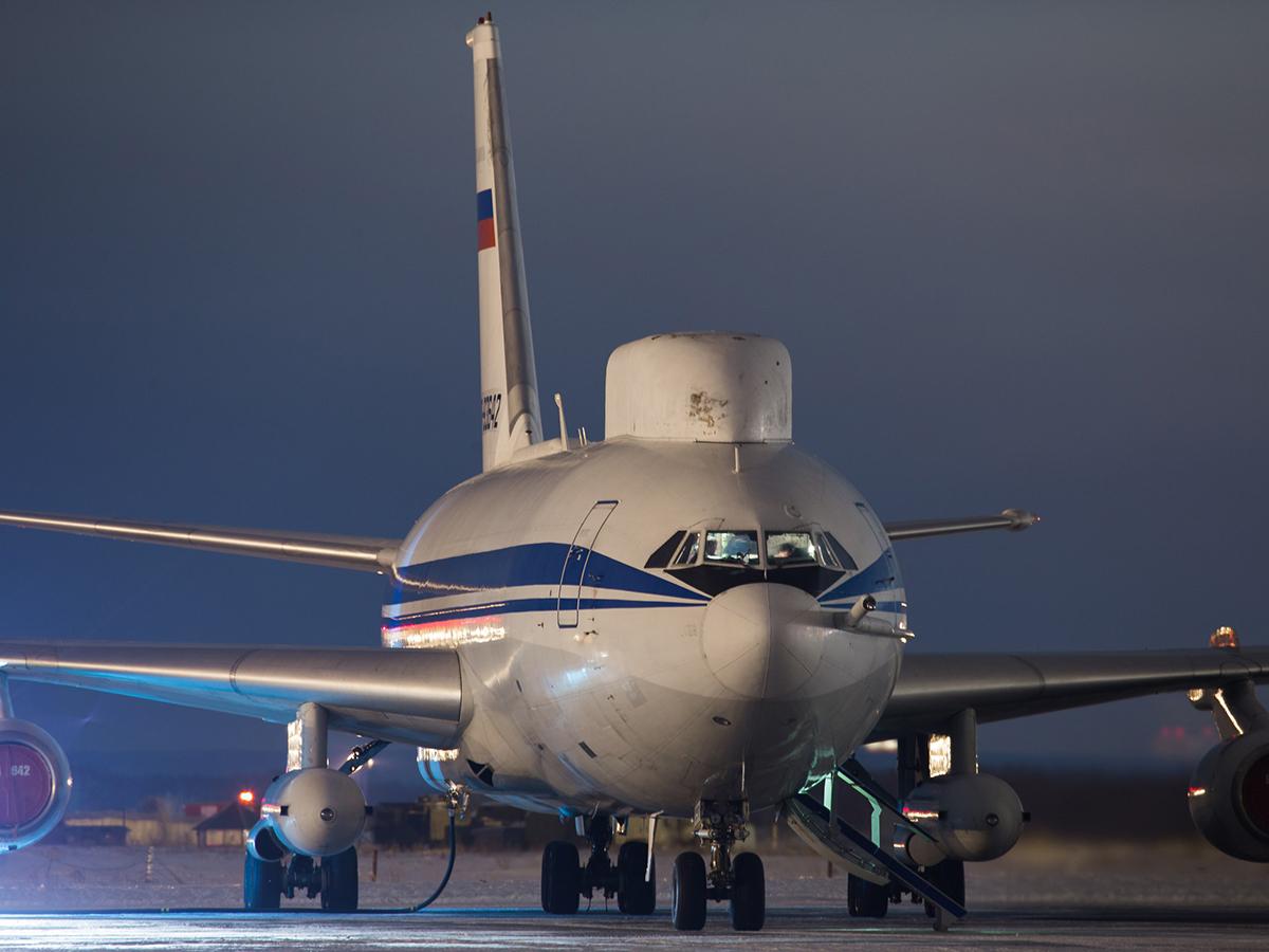 В Таганроге обокрали самолет Ил-80