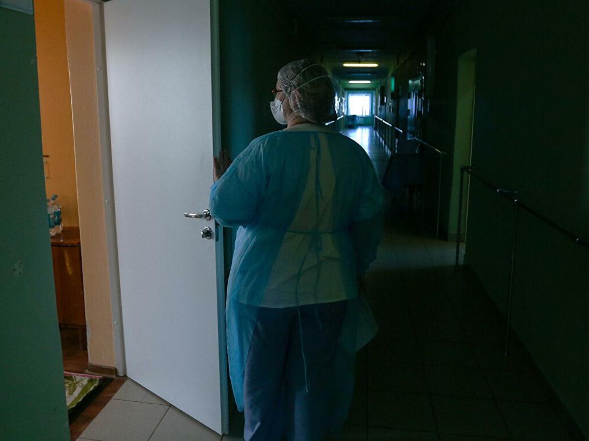 Пациент московской больницы напал с ножом на двух медсестер