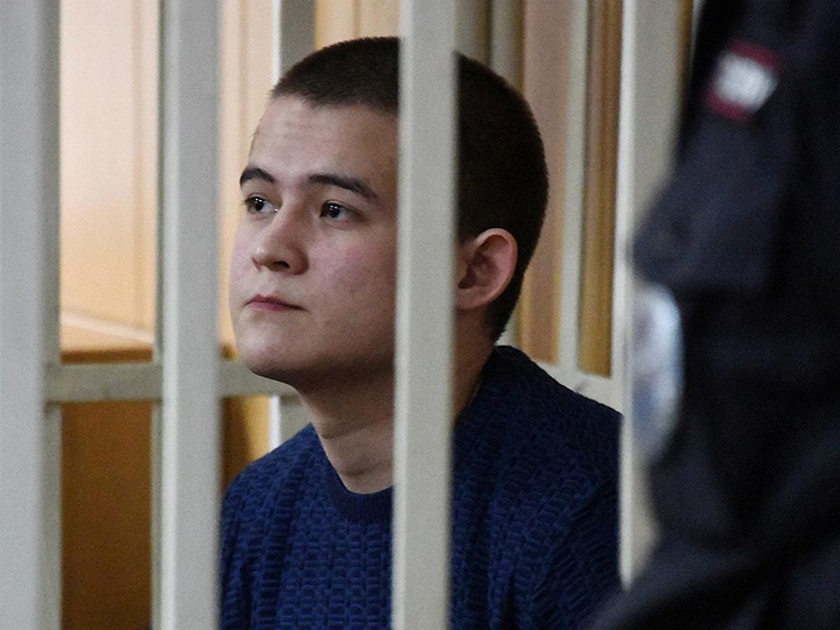 мПрисяжные признали расстрелявшего 8 сослуживцев Шамсутдинова виновным, но заслуживающим снисхождения