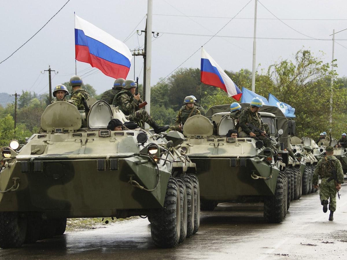 Российские миротворцы выдвинули азербайджанским военным ультиматум