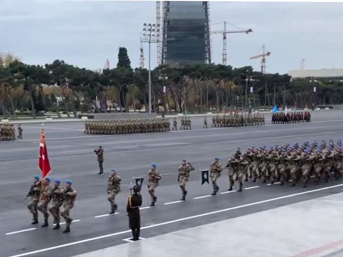 В Баку начался парад победы