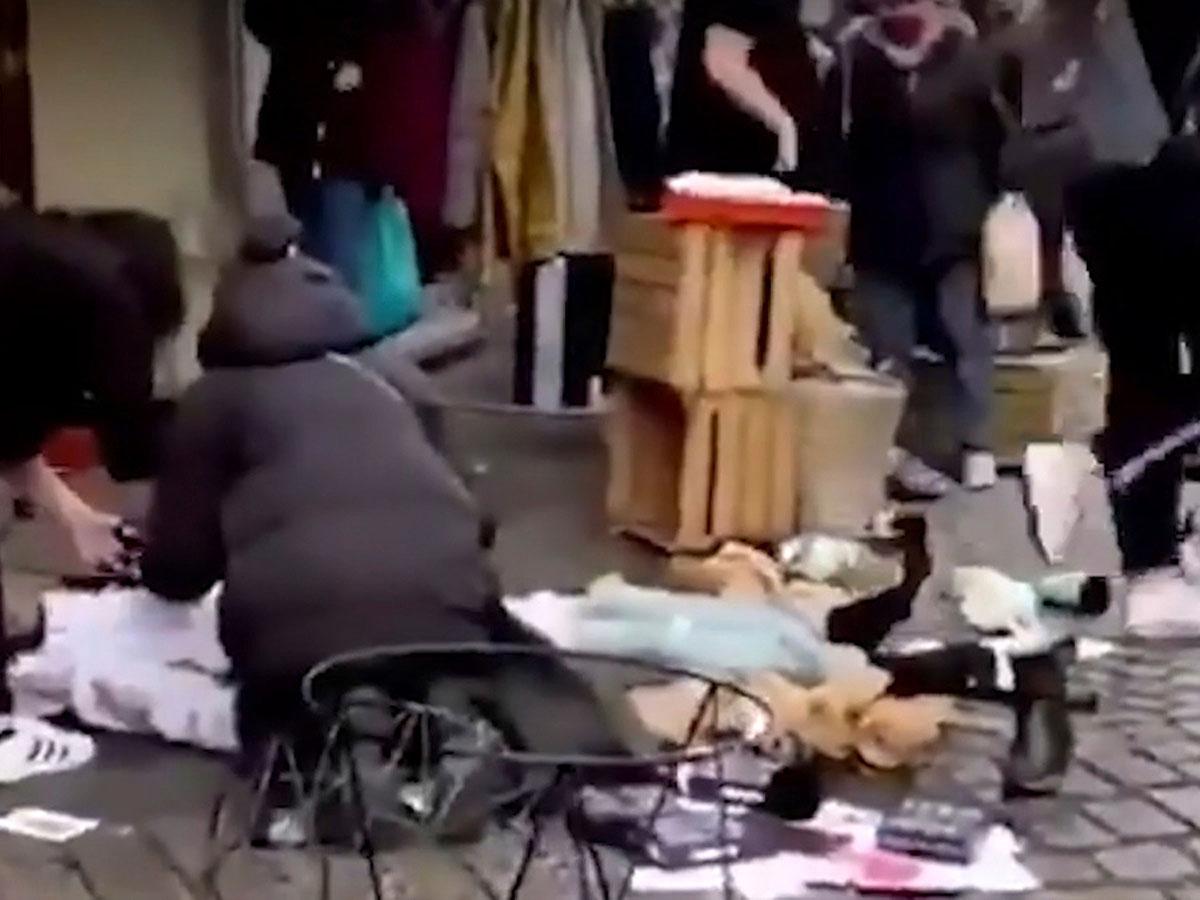 В Германии внедорожник врезался в толпу пешеходов