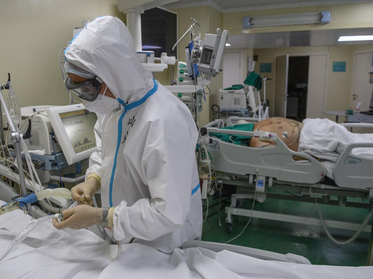 В России установлен максимум по суточному числу заболевших