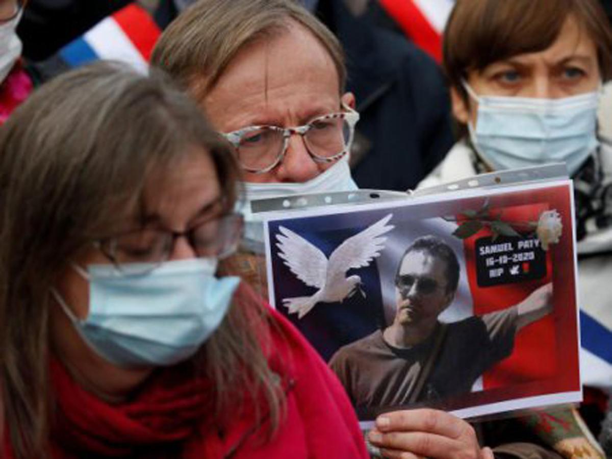 Во Франции задержаны чеченцев по делу учителя