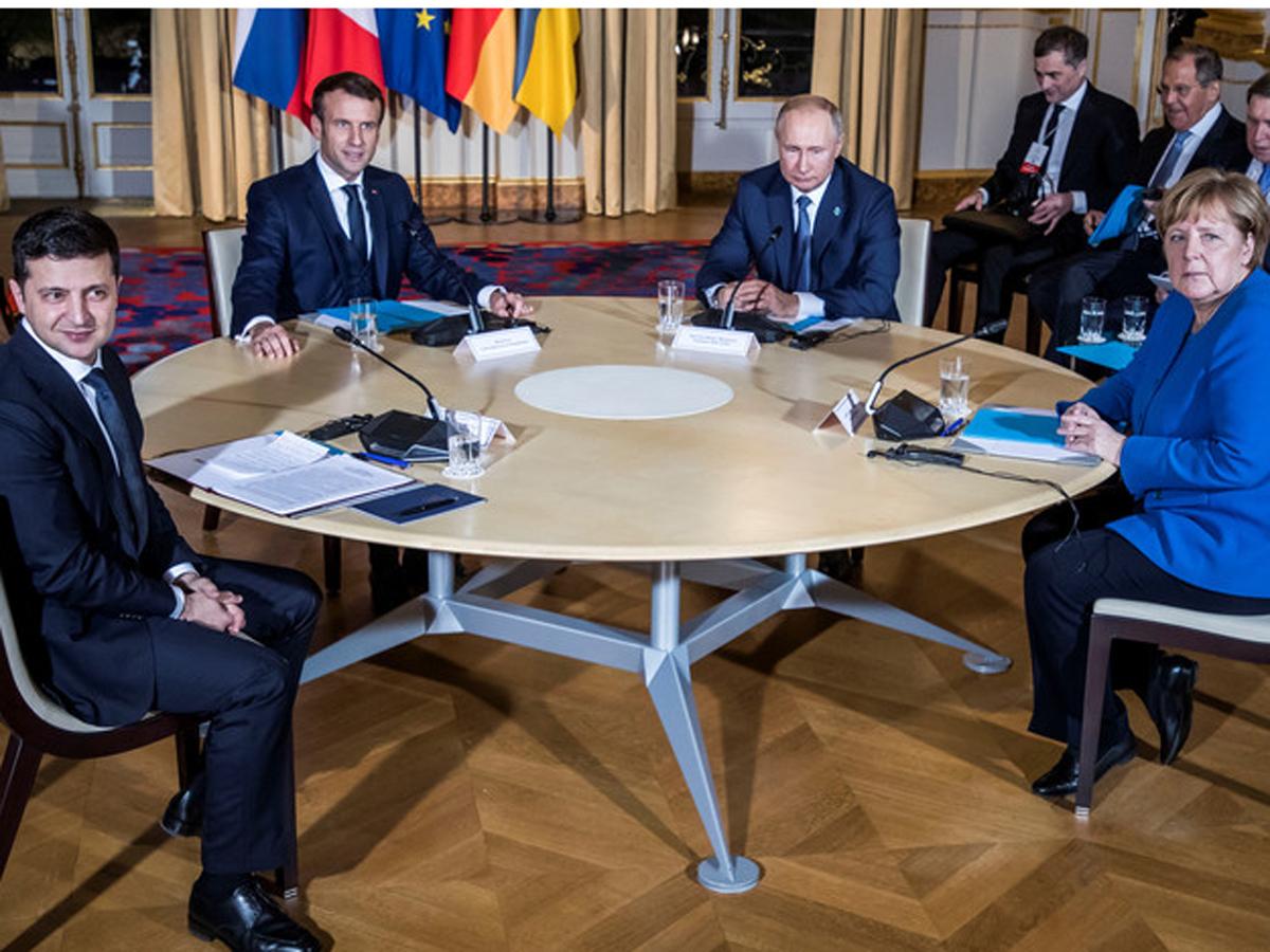 Зеленский с Путиным в годовщину нормандского саммита