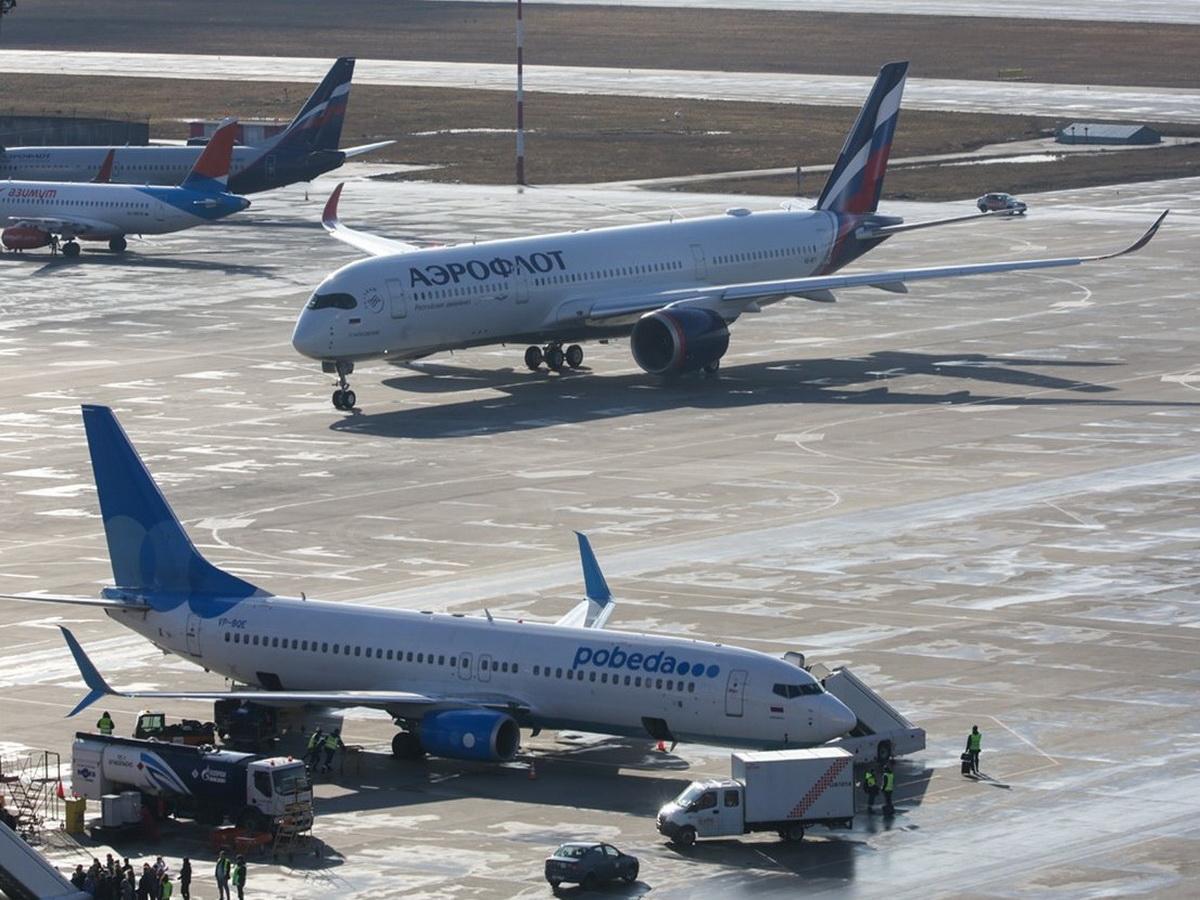 В Госдуме предложили временно остановить авиасообщение со всеми странами