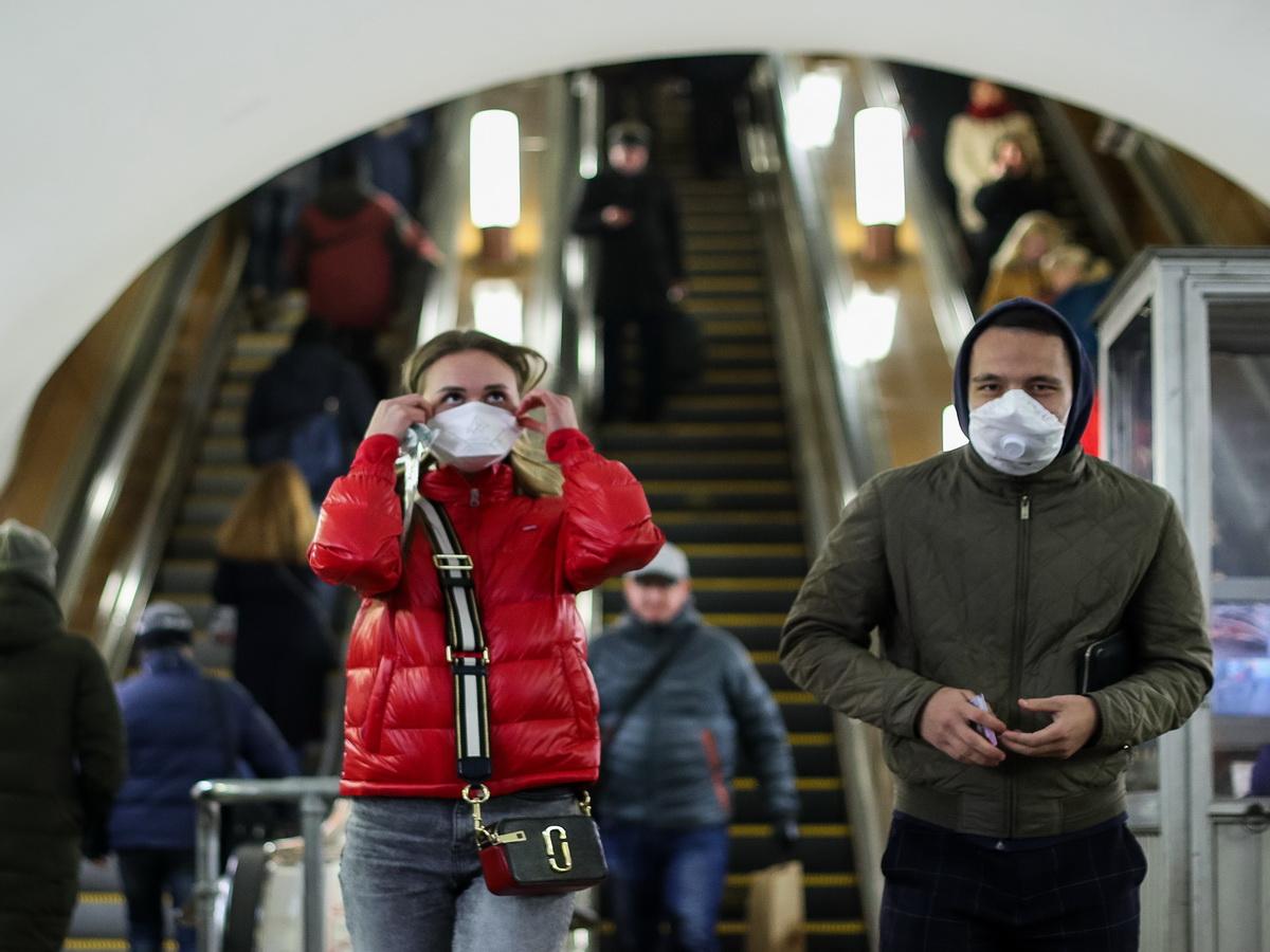 Профессор РАН назвал источник второй волны коронавируса в России