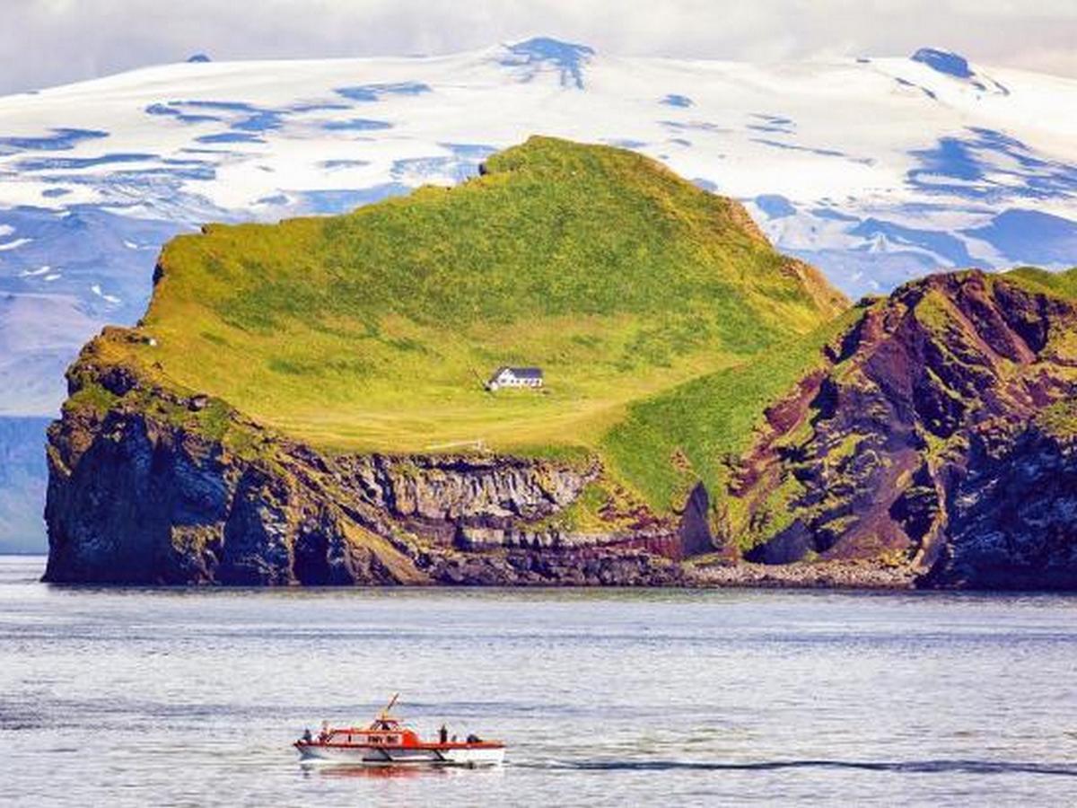 Тайну единственного дома на острове в Исландии раскрыли в Сети