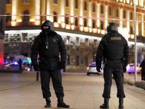 Трое неизвестных с битами устроили погром в магазине в центре Москвы