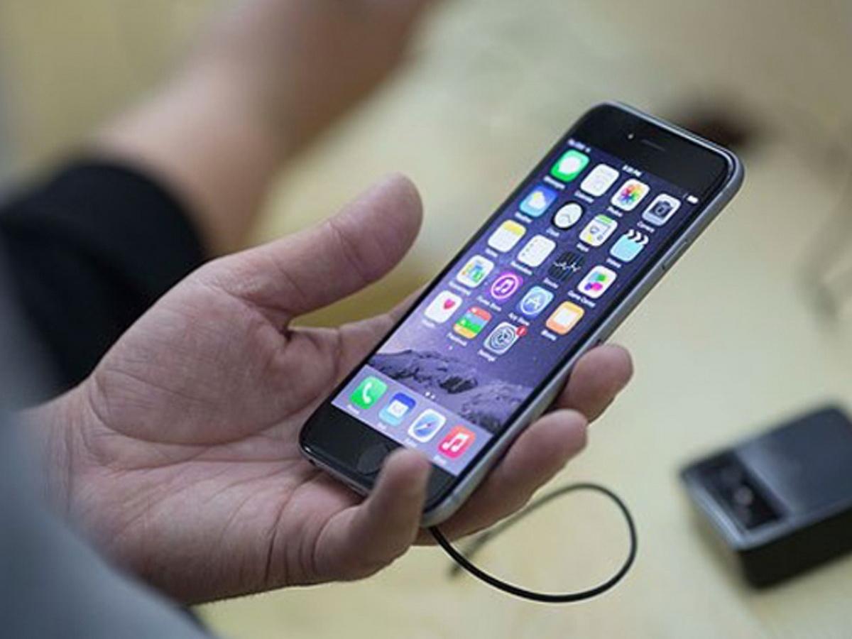 Эксперт перечислили признаки прослушки смартфона