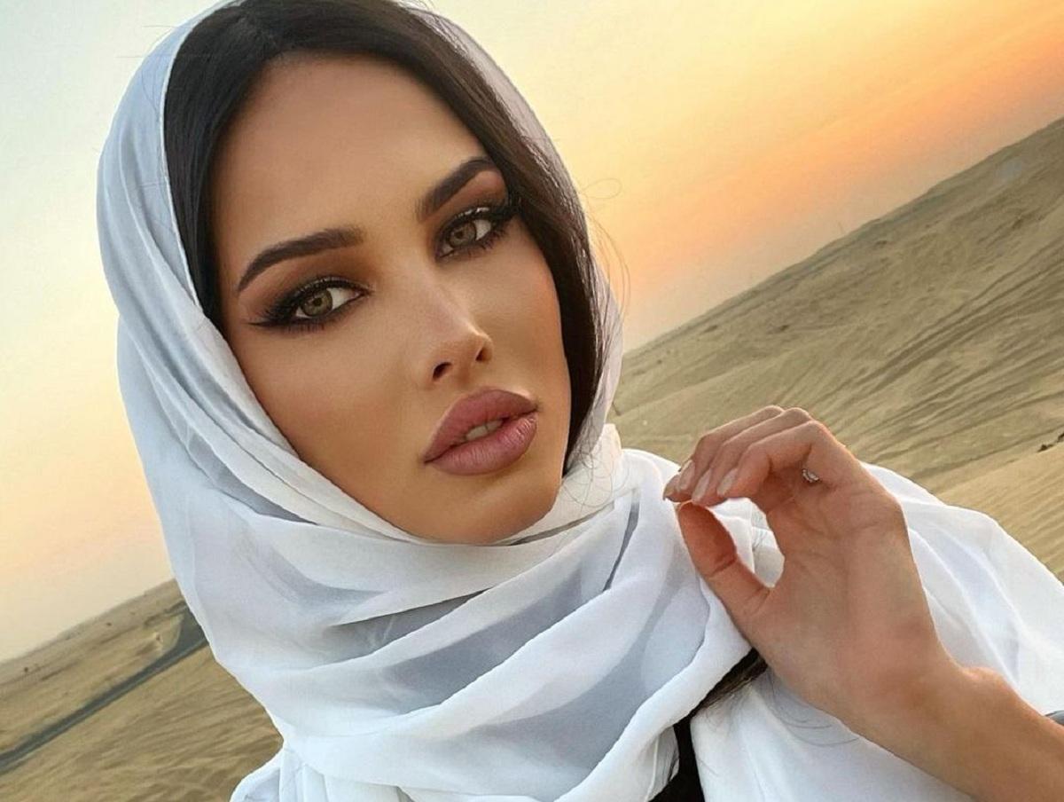 «В гарем собралась?»: экс-жена Тимати в хиджабе разгневала Сеть (ФОТО)