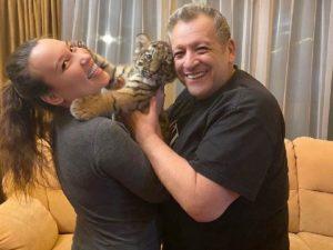 «Нужно поддержать»: вдове Грачевского призвали помочь деньгами