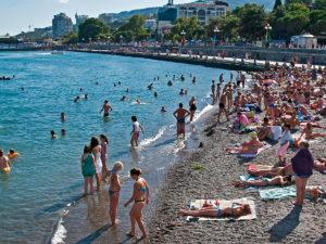 Крымчане сравнили туристов из России и Украины