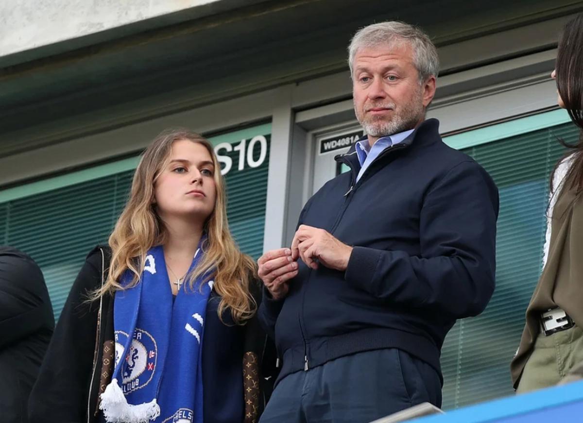 Дочь Романа Абрамовича выходит замуж, а сам олигарх встречается с моделью (ФОТО)