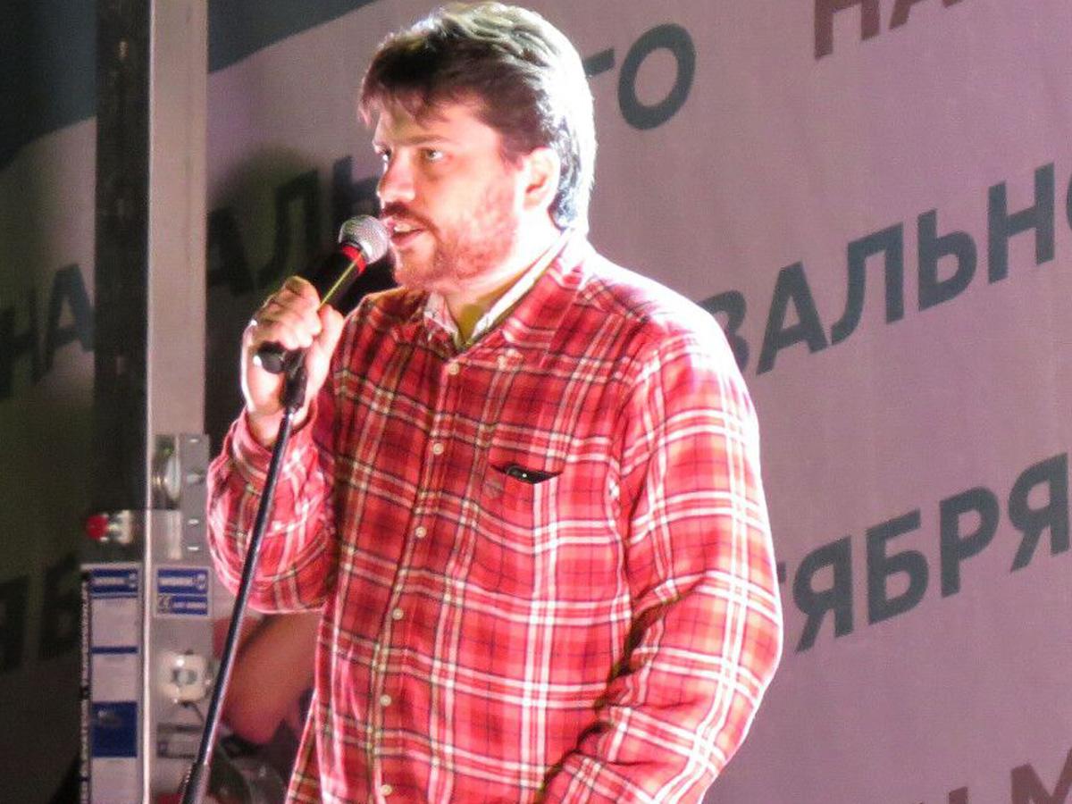 Главу штабов Навального Леонида Волкова объявили в розыск
