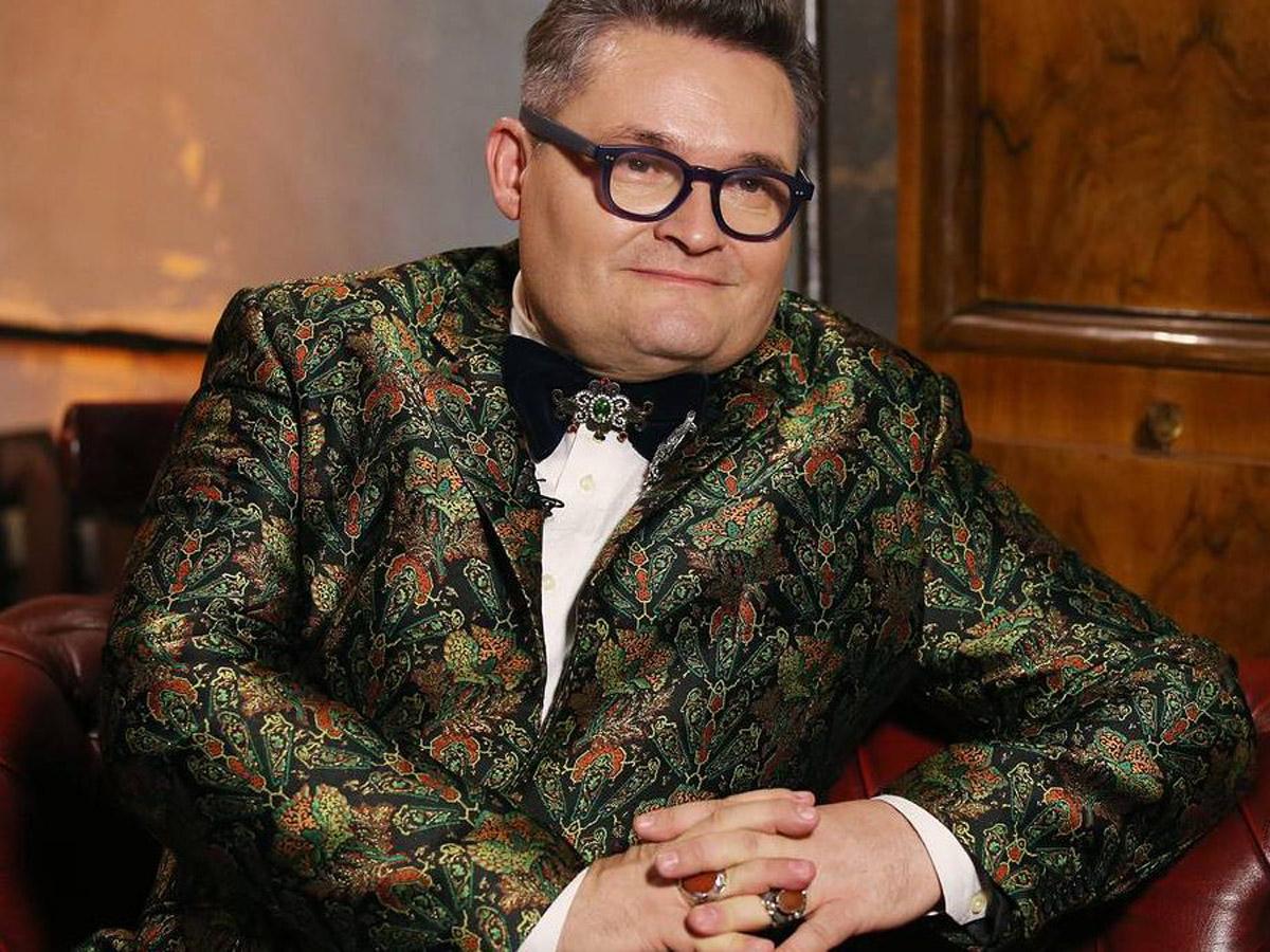 Васильев разозлил Сеть публикацией обнаженного фото Любови Орловой