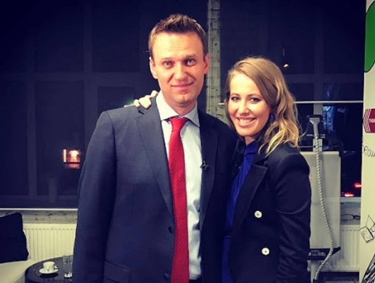 Собчак сделала прогноз по Навальному, который возвращается в Россию