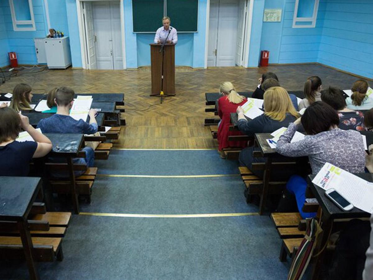 Минобрнауки возобновит очное обучение в вузах с 7 февраля