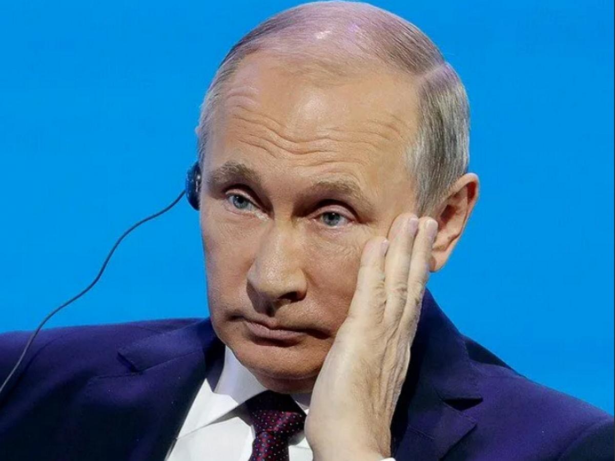 На сайте правительства Хабаровского края 12 часов транслировалось оскорбление в адрес Путина (ФОТО)