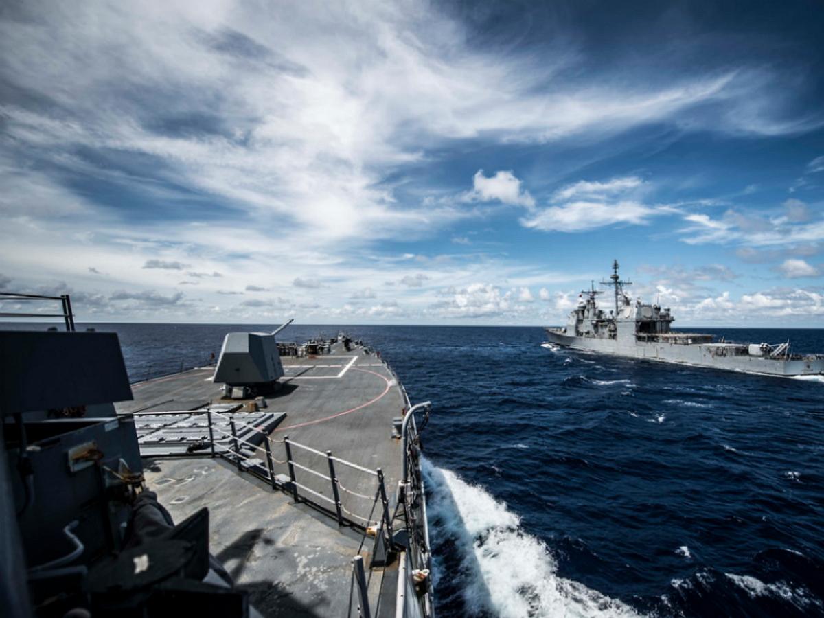 Sohu: РФ вызвала восхищение и признание в мире реакцией на попытку ВМС США запугать россиян