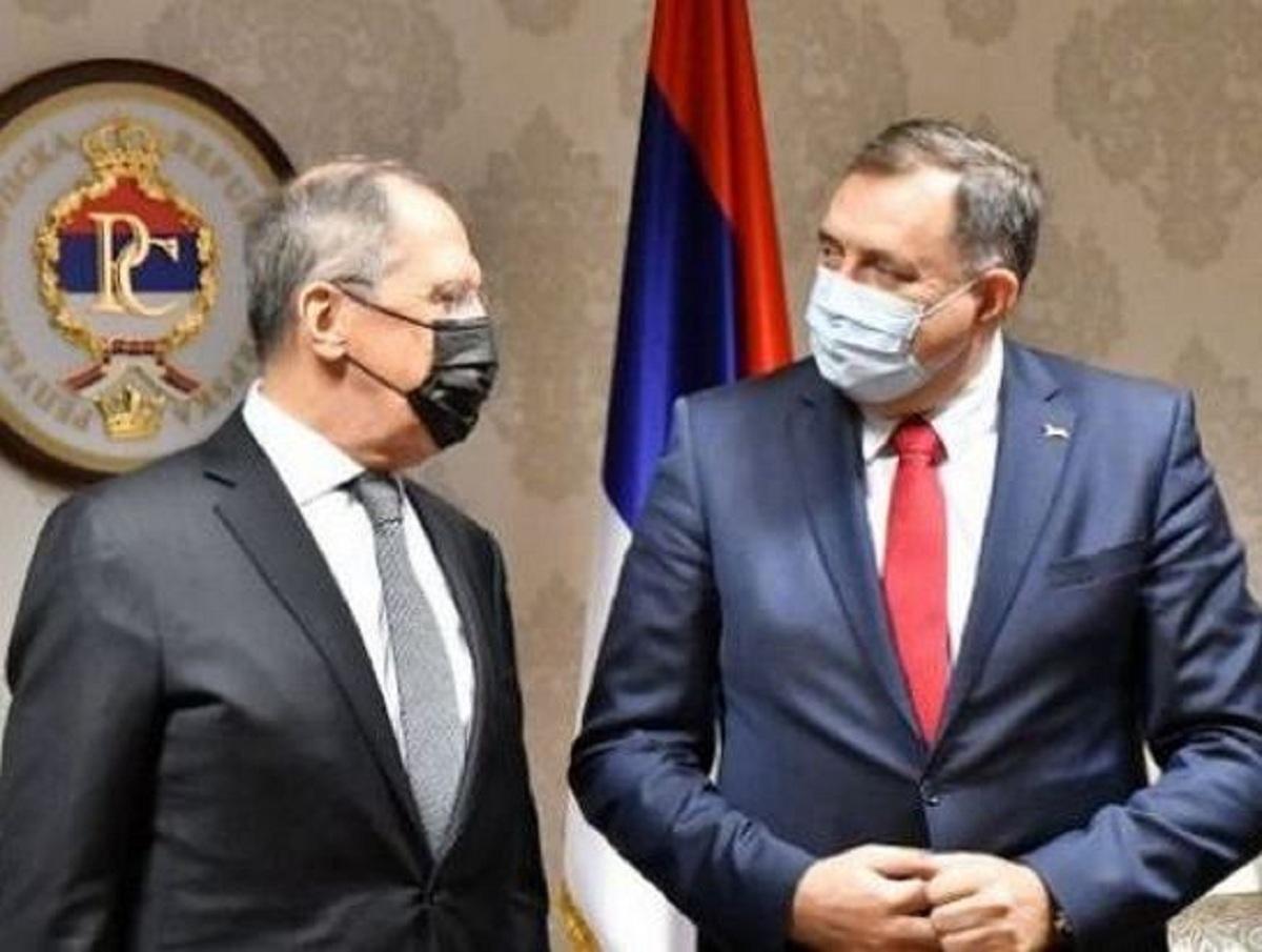 СМИ назвали стоимость скандальной иконы, подаренной Сергею Лаврову