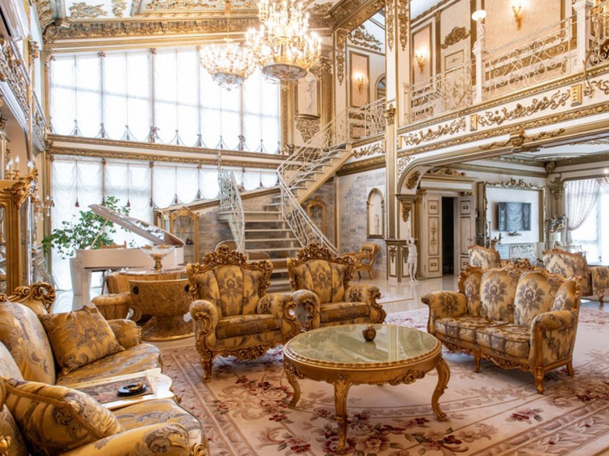 В Иркутске обнаружили дворец за сотни миллионов рублей