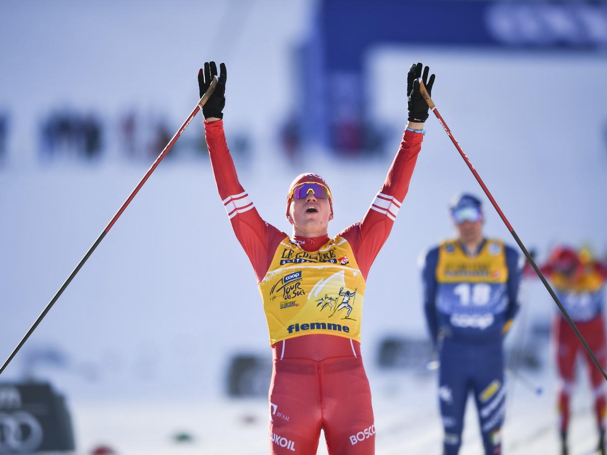 Второй раз подряд б Большунов победил в гонке «Тур де Ски»