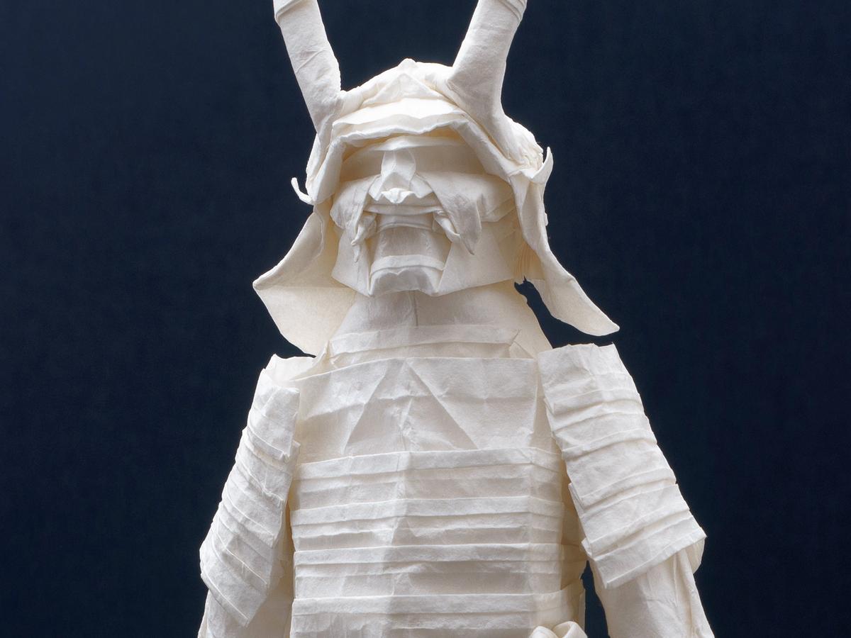 50 часов складывания оригами уместили в 4-минутный ролик