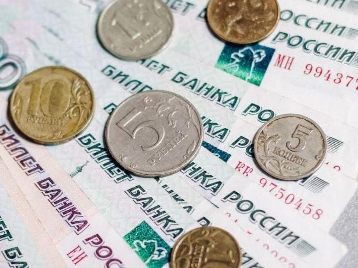 С 1 января 2021 года в России изменятся размеры МРОТ, пенсионный возраст и маткапитал