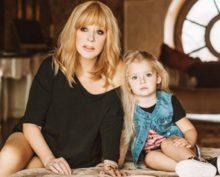 Лиза Галкина перепела песню своей мамы «Миллион алых роз»