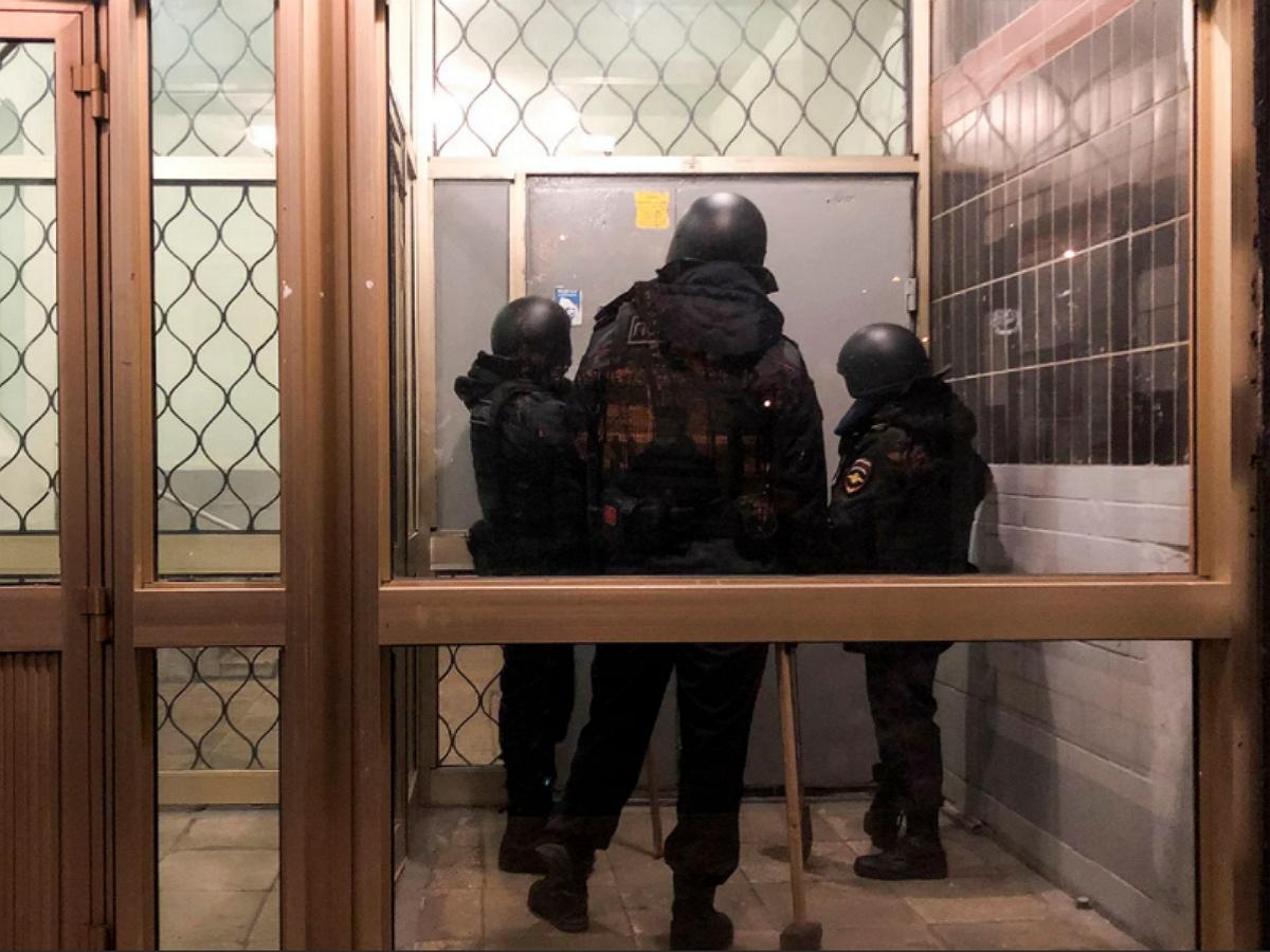 Брата Алексея Навального Олега задержали после обысков