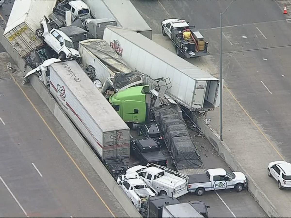 130 машин столкнулись на обледенелой трассе в США, есть жертвы
