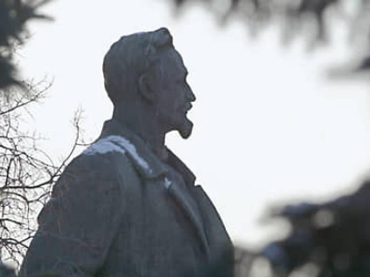 Памятник Дзержинскому на Лубянке