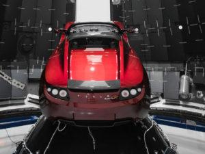 Илон Маск: Tesla Roadster сможет парить над землей