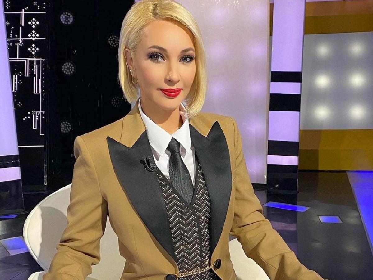 «Посмотрим, как будет»: Лера Кудрявцева после травмы позвоночника работает сидя