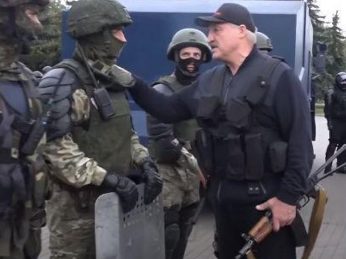Лукашенко и ОМОН